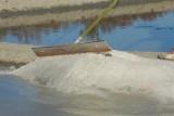 Le Paludier, Société Bourdic à Batz-sur-Mer, récolte du sel