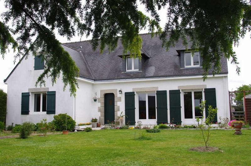 01-Au jardin fleuri- Chambres en  d'hôtes-St-lyphard