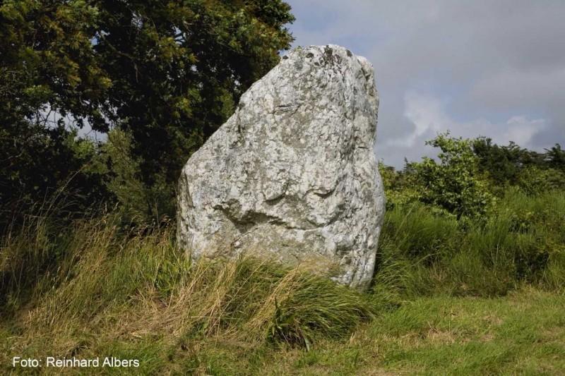 01-Menhir de la Pierre Blanche