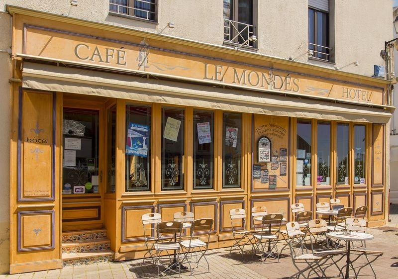 Café Le Mondés Le Pouliguen - Façade