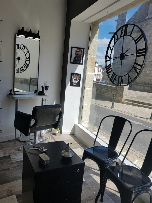 Interior - Hairdresser - L'hair du temps