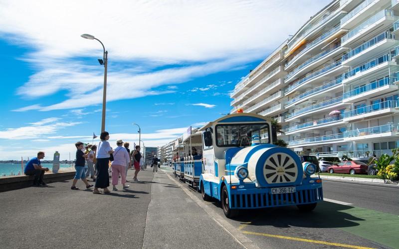 01Petit train touristique - Front de mer - la Baule