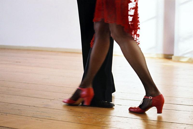 tango-1185444-978483