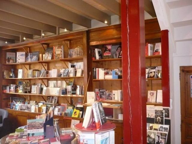 interieur la gede aux livres